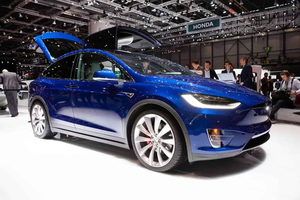 Fastest SUV 0 60 - Tesla Model X