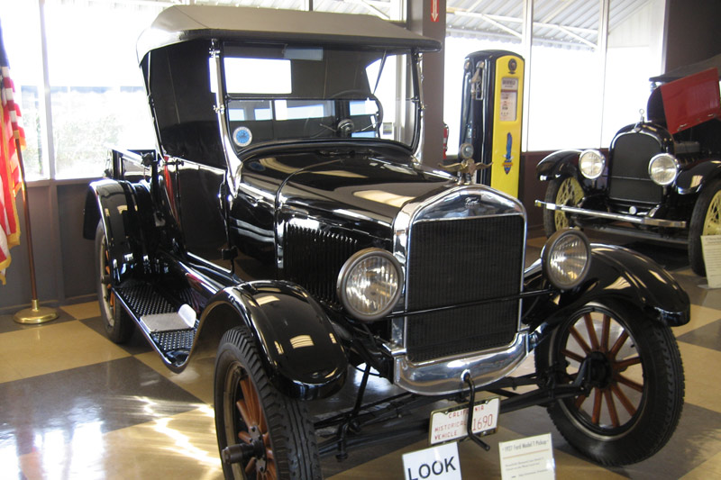 Badass Trucks & Cool SUVs - 1927-ford-model-t-pickup