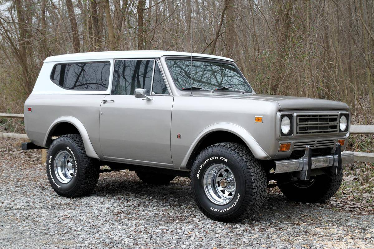 Badass Trucks & Cool SUVs - 1977 International Scout II