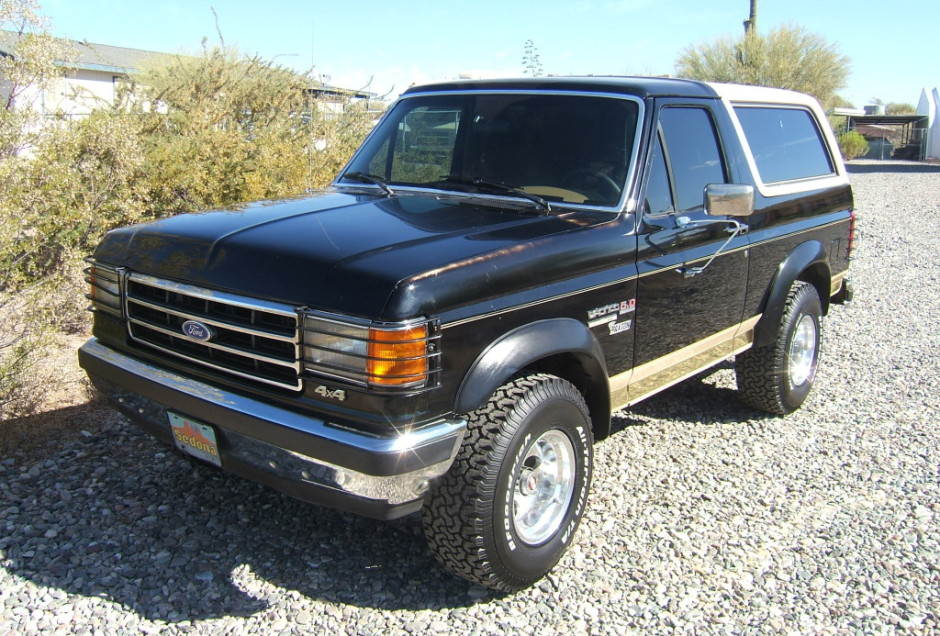 Badass Trucks & Cool SUVs - 1990-Ford-Bronco