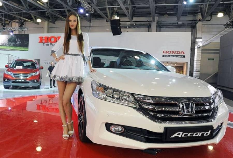 2.auto_show_19_russia