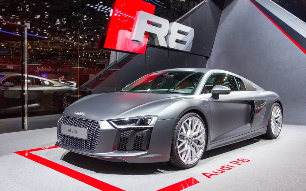 Audi R8 V10 Is One Of The Best Supercars 2016 Offers