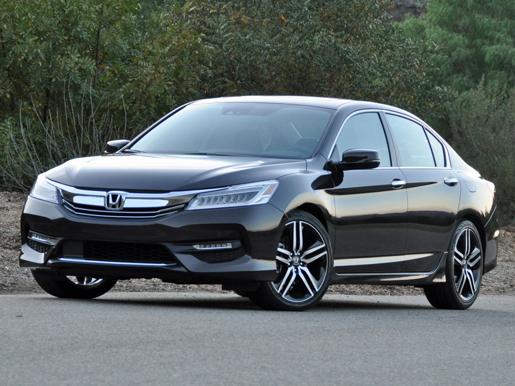 2016_honda_accord_touring-pic-8875933662102923932-1600x1200