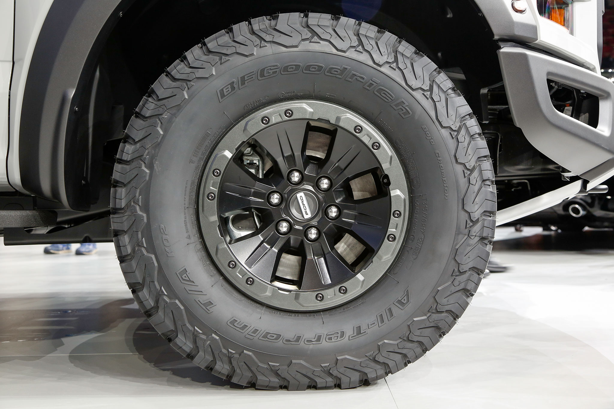 Ford F  Raptor Supercrew Wheel