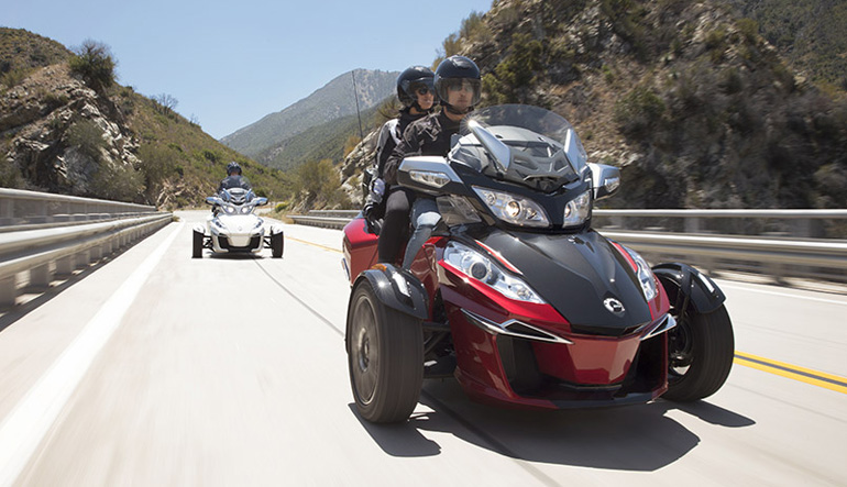 Can Am Spyder Driving