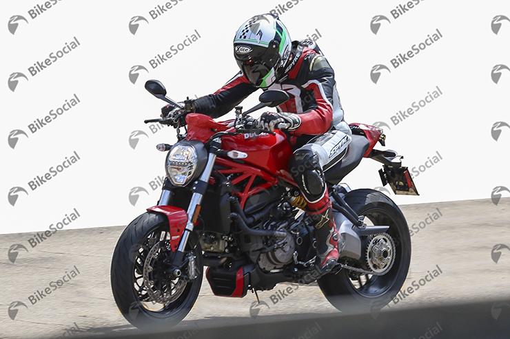 Spy Shot Ducati Monster 4