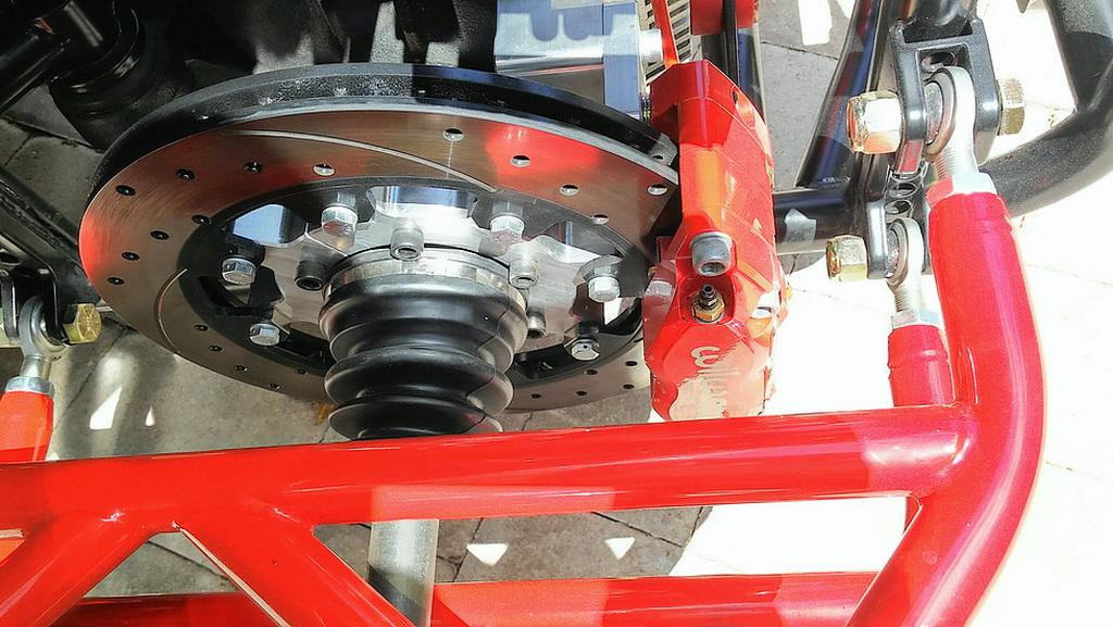 Polaris Slingshot Gets Awesome Fourth Wheel Modification - Image 07