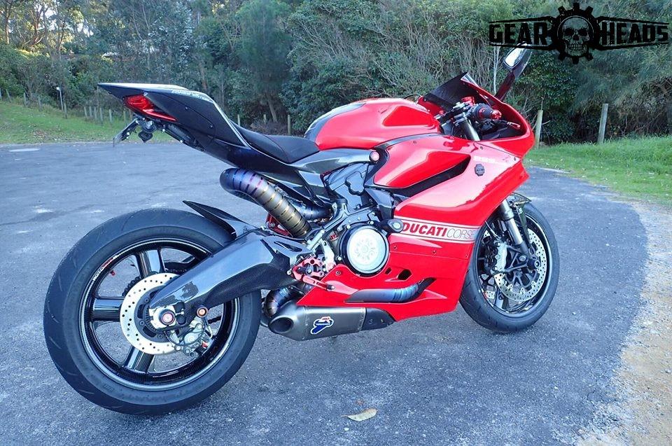 Sasha Lark S Ducati Panigale Carbon