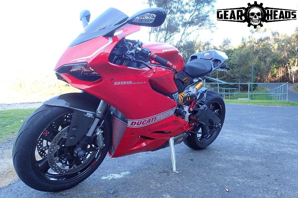 Ducati Panigale Carbon Custom 3