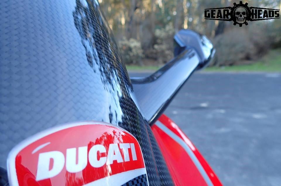 Ducati Panigale Carbon Custom 10