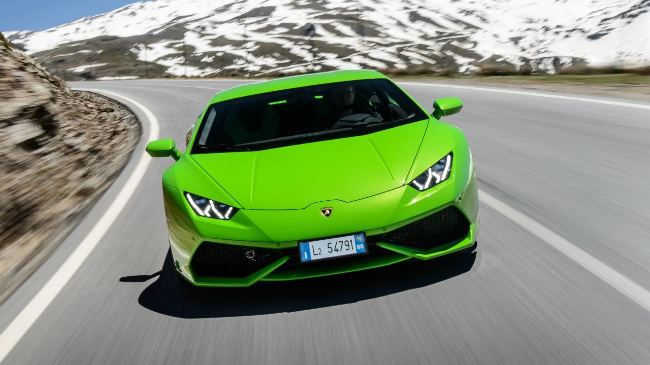 buyers_guide_-_lamborghini_huracan_2014_-_front_quarter