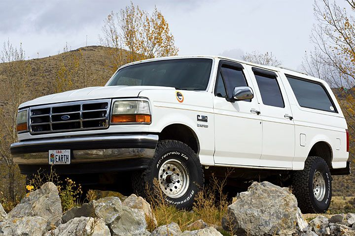 ford-bronco-centurion-conversion-3