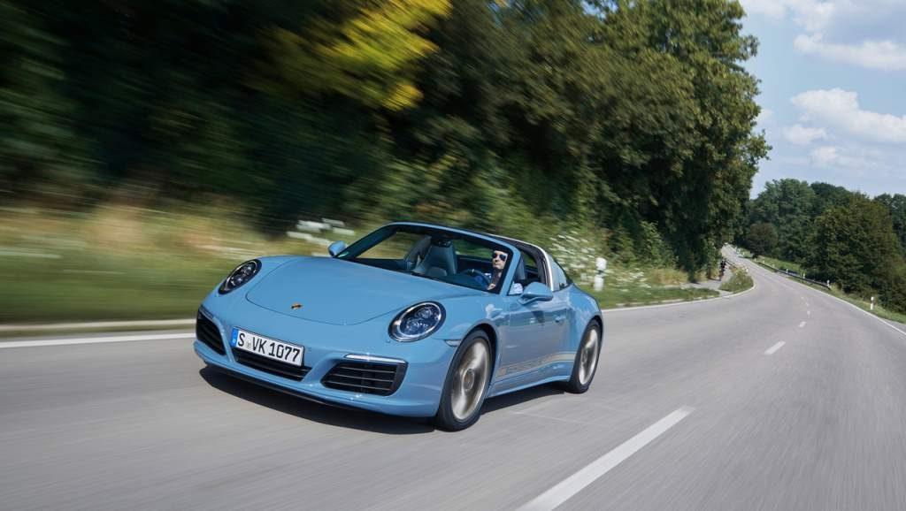 Porsche Targa Exclusive Edition Front Rolling