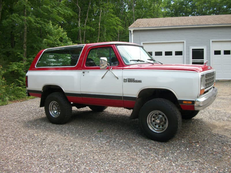 box shaped cars - 1985-Dodge-Ramcharger