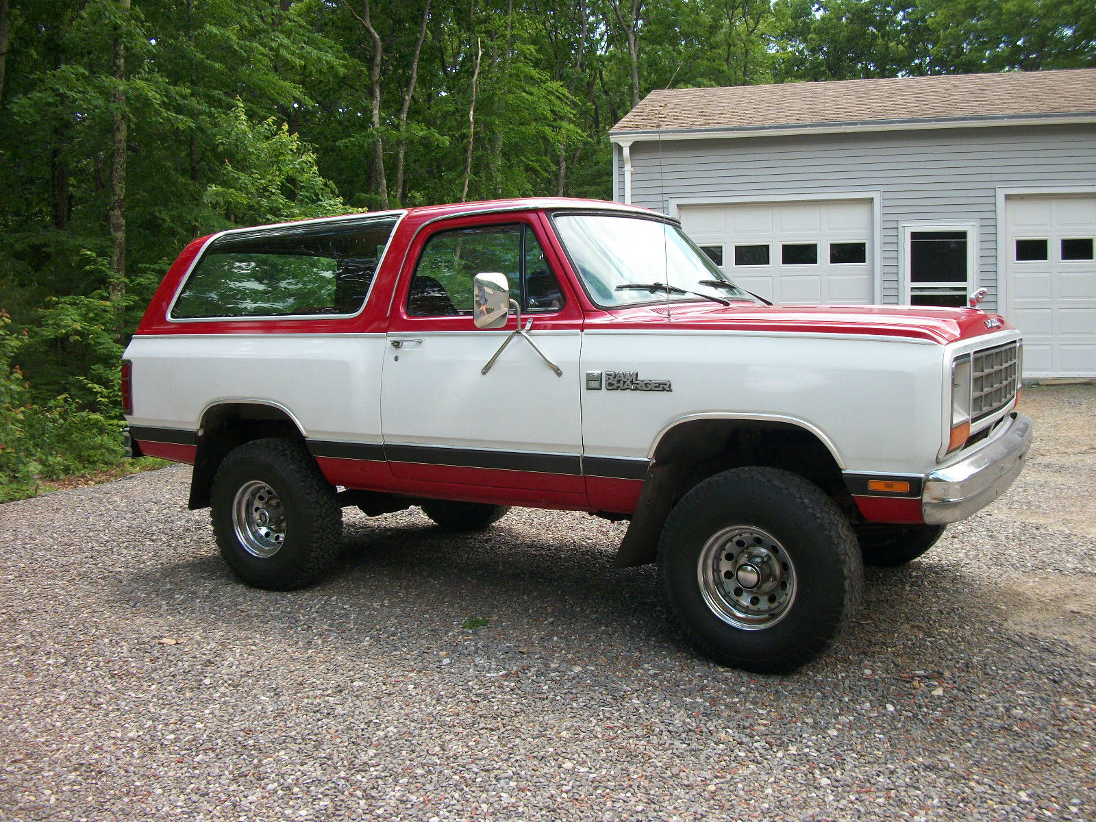 1985-Dodge-Ramcharger