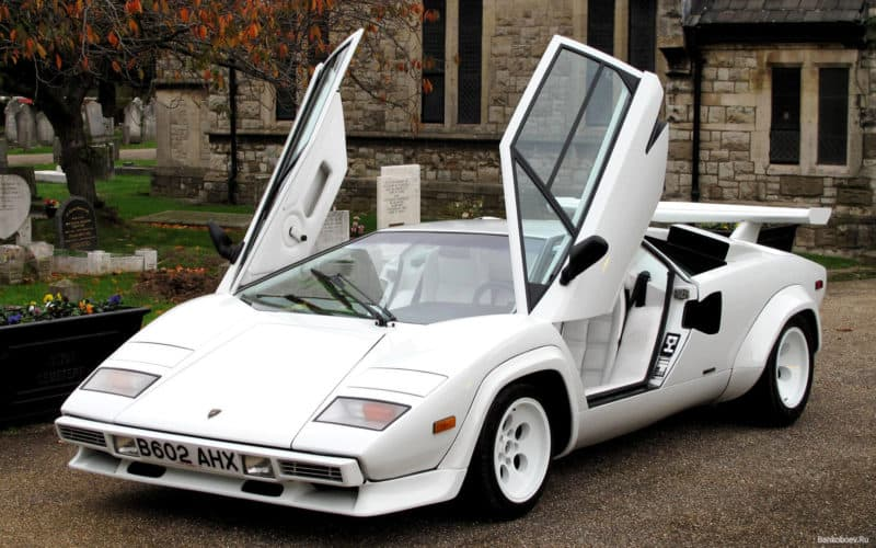 box shaped cars - lamborghini_countach