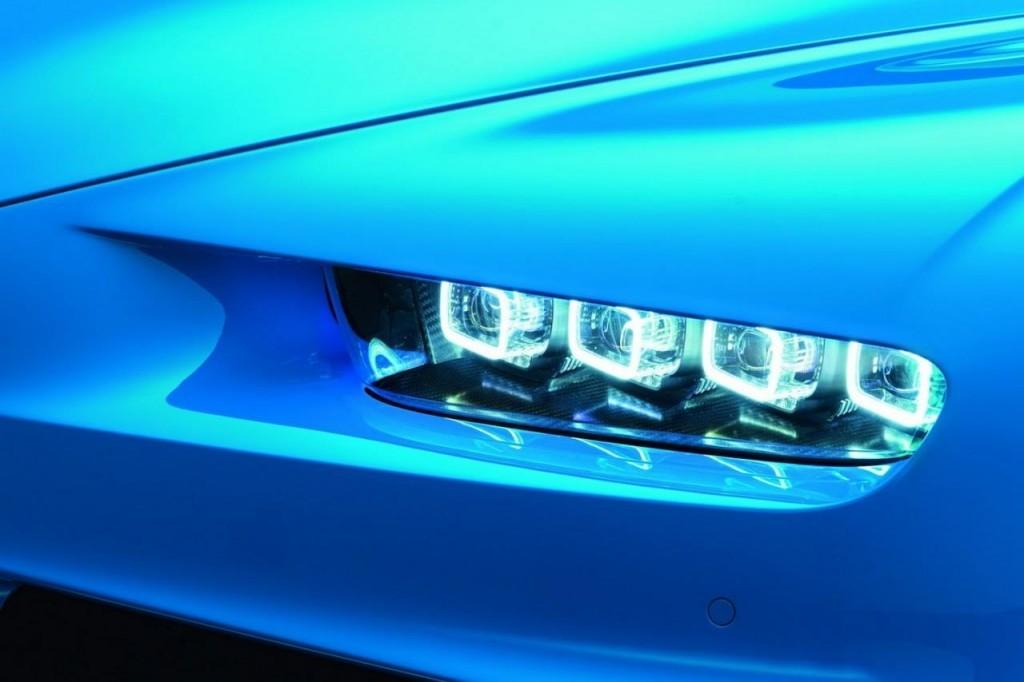bugatti-chiron-hd-headlight-1024x682