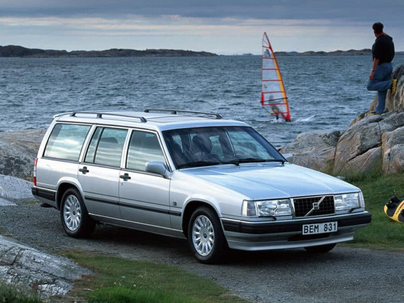 box shaped cars - volvo-740-turbo-estate