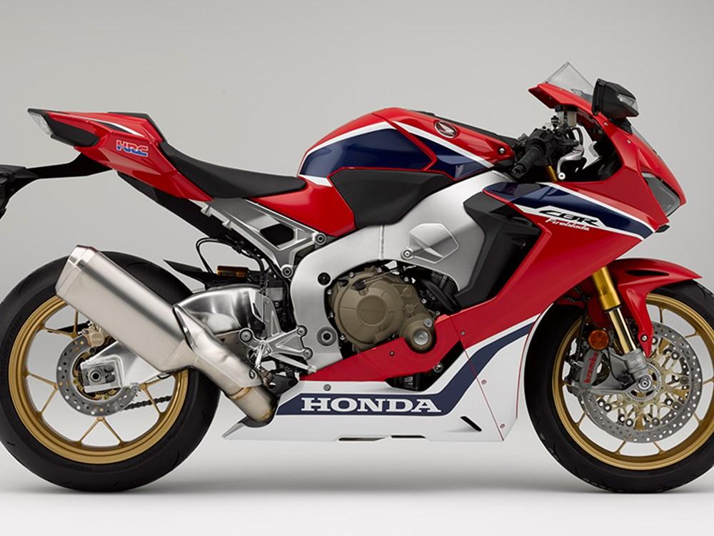 """Honda's 2017 CBR1000RR SP1 """"Fireblade"""": The Details"""