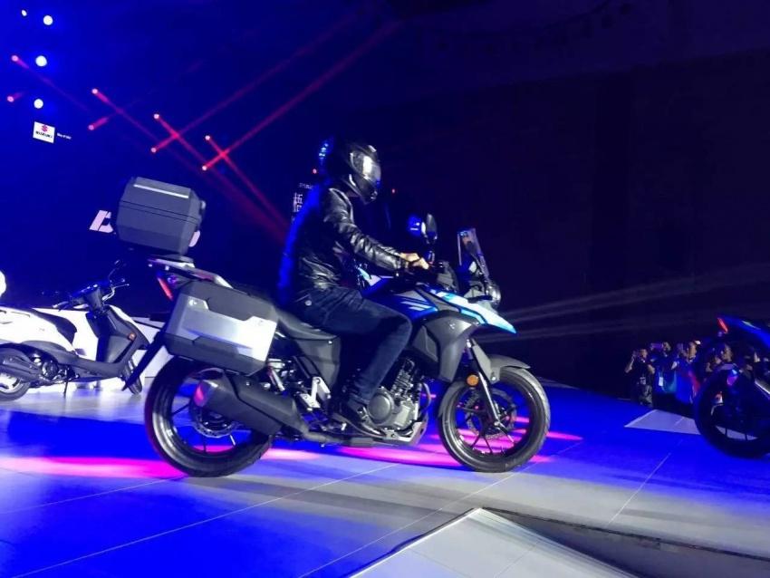 Suzuki GSX-R250 & Suzuki V Strom 250 9