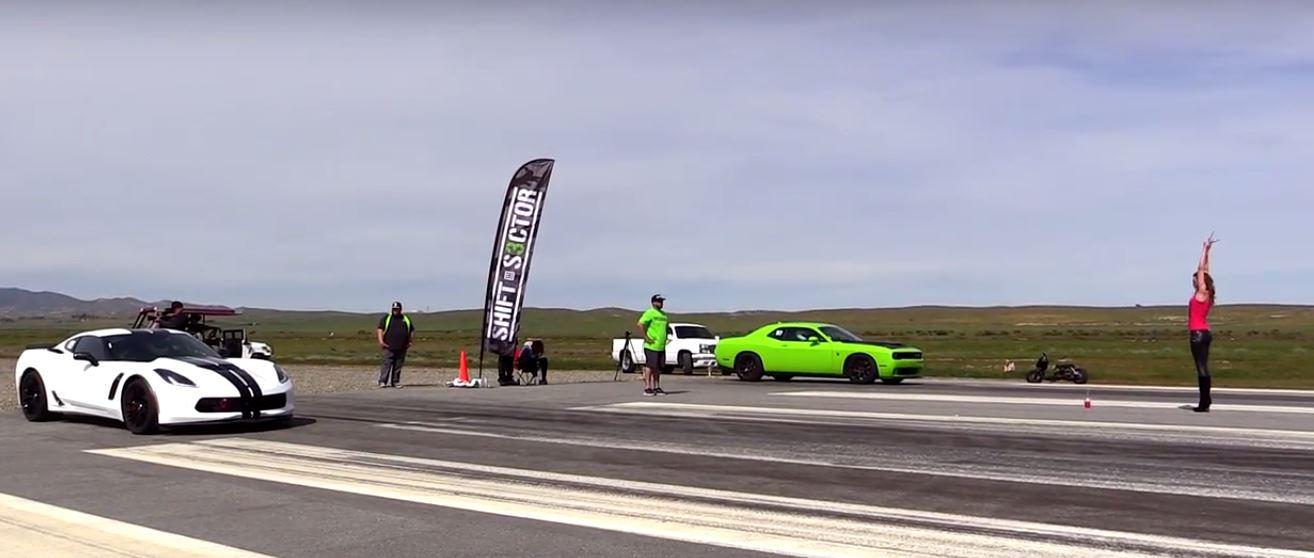 hellcat vs corvette race