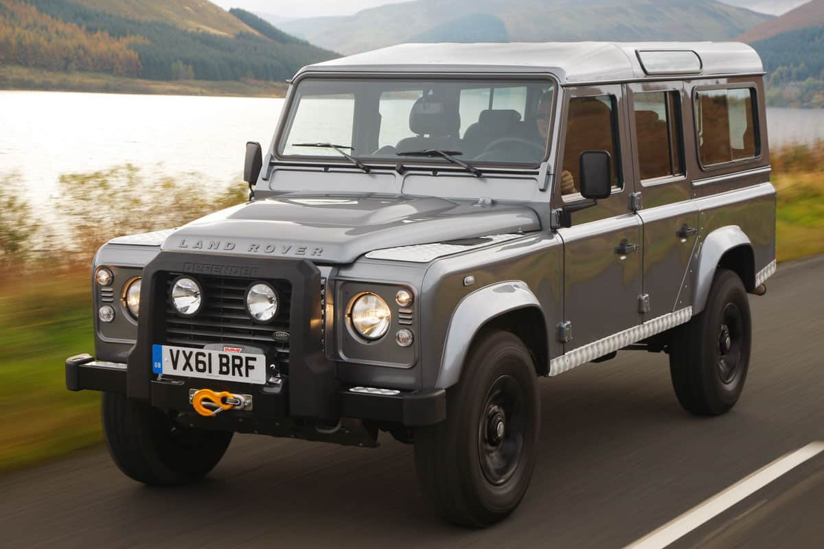 land-rover-defender-110-04