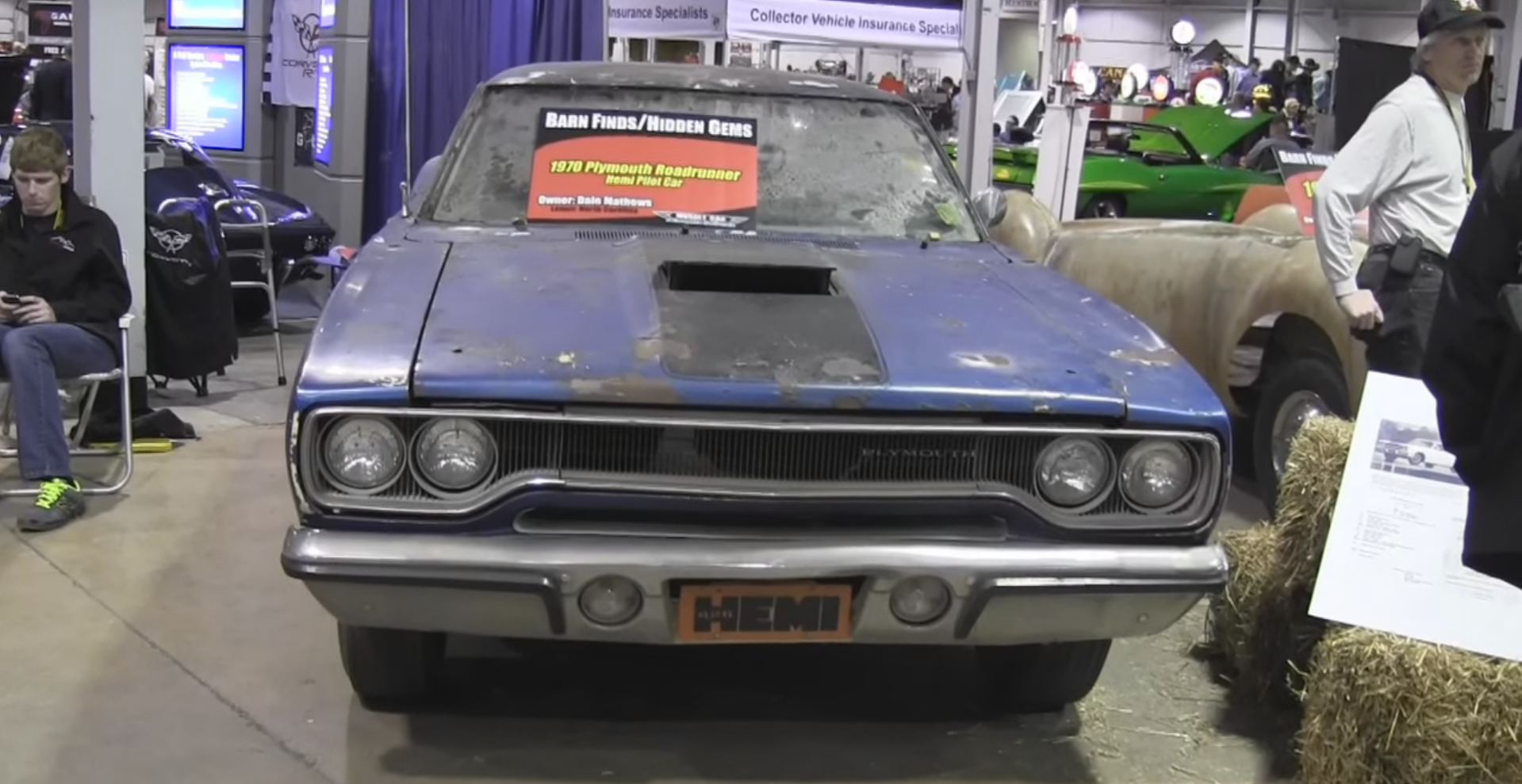 Very First 1970 Hemi Road Runner Found in a Barn (Video)