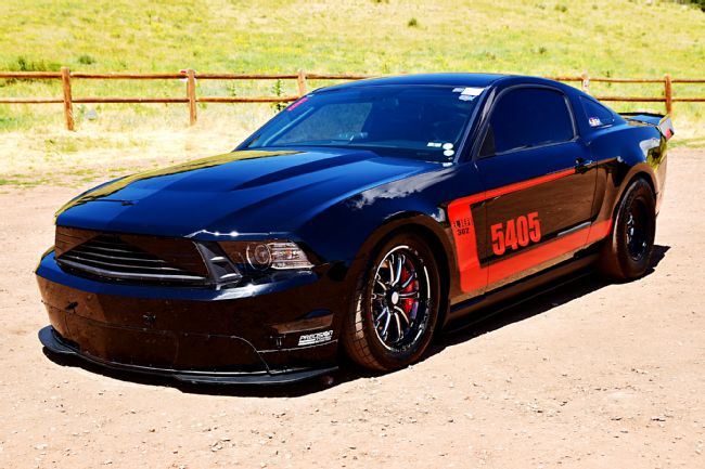 meet the 2012 s197 mustang built for one thing drag racing. Black Bedroom Furniture Sets. Home Design Ideas