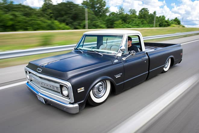 Keeping it Simple with a Slammed C10 Pickup