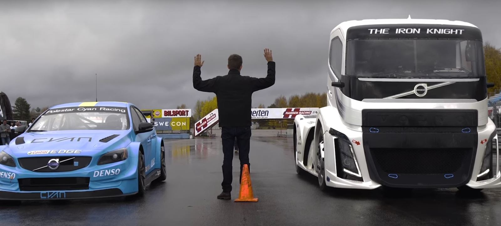 Mismatched Drag Race Of The Day: 2400HP Volvo truck vs Touring Car ...