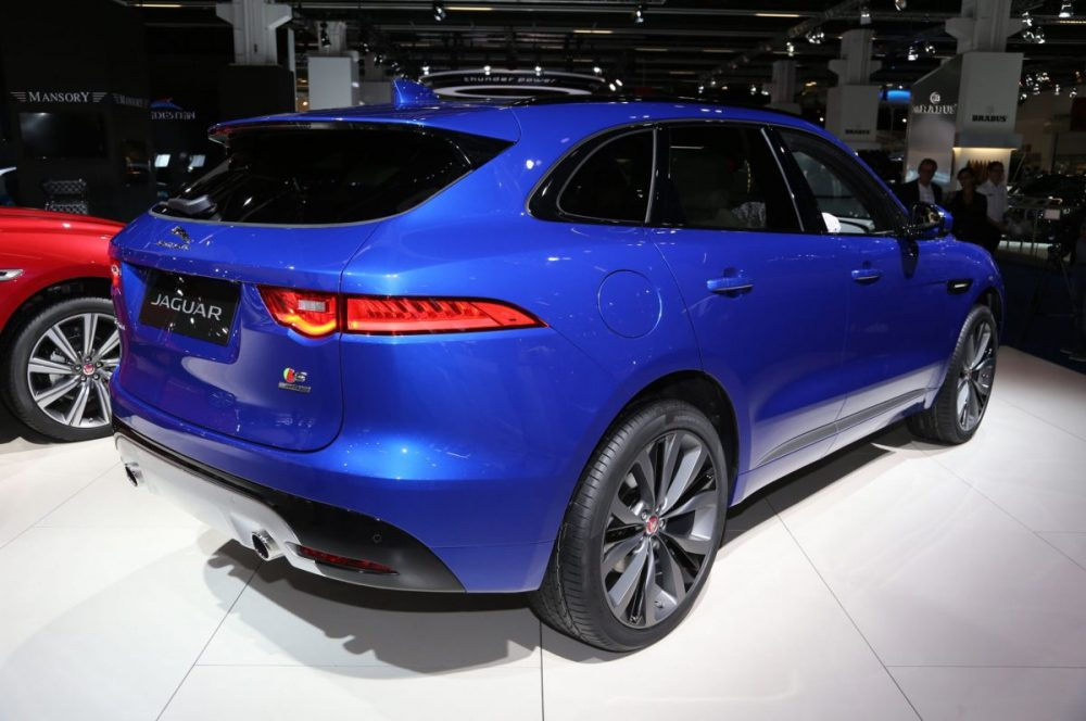 fpace-best-small-suv-2017