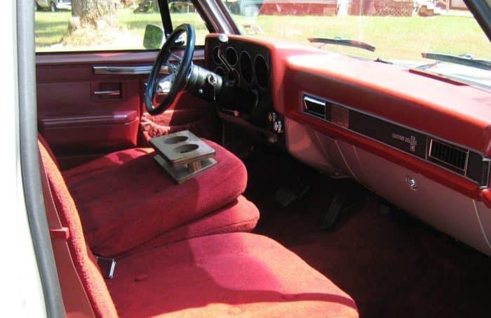 Chevy Rollin' Rebel Interior