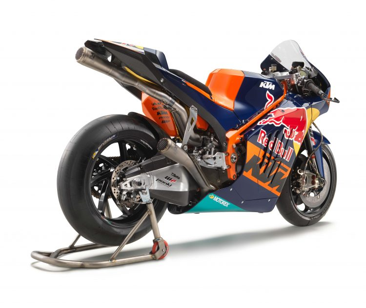 KTM RC16 Racer 3