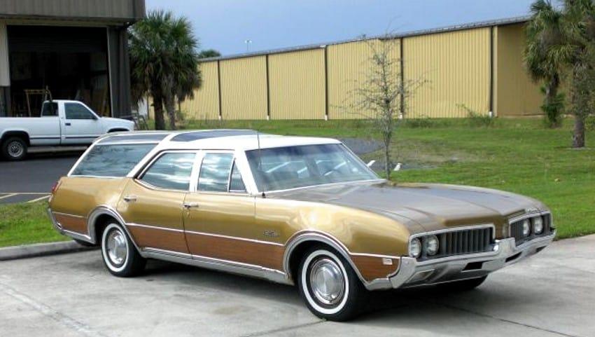 Best Old Station Wagons For Sale - Oldsmobile Vista Cruiser