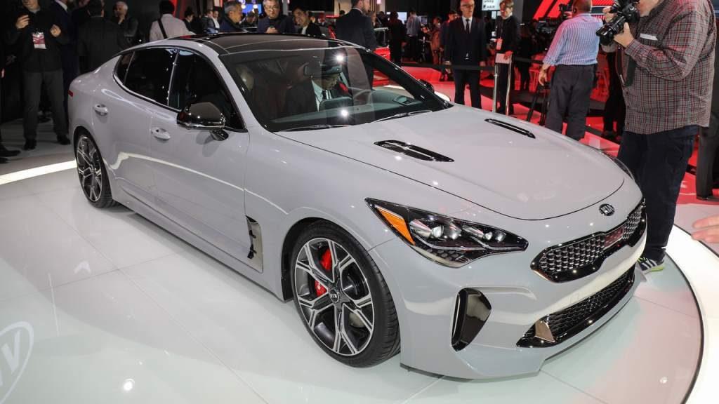 Kia Stinger front 3/4 gray