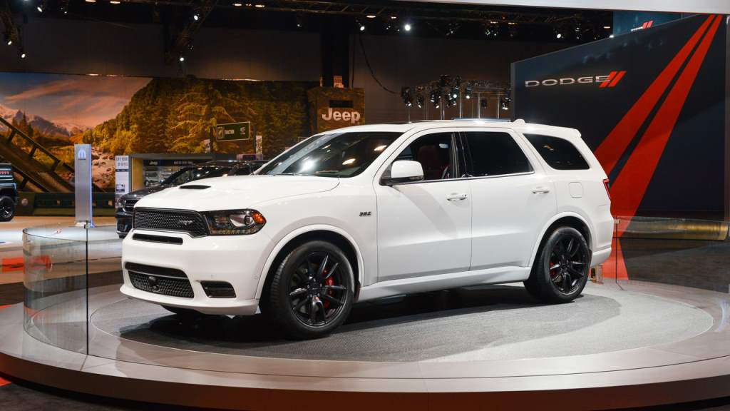 2018 dodge durango srt is a three row middle finger to everyone. Black Bedroom Furniture Sets. Home Design Ideas