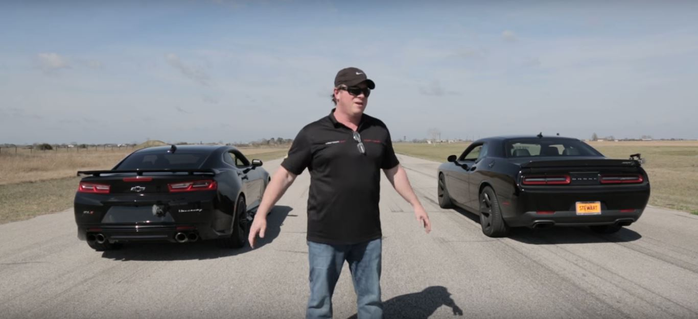 2017 Zl1 Vs Hellcat Race