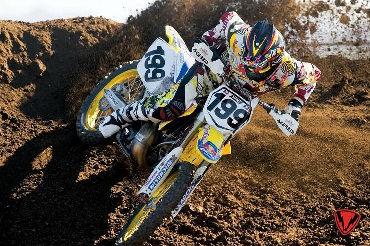 Travis Pastrana Dirt Biking