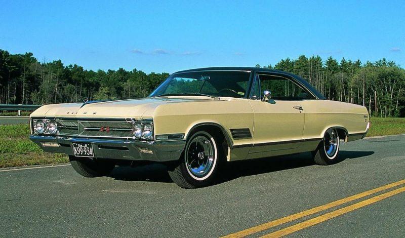 Old School Buick - 1966 Buick Wildcat GS