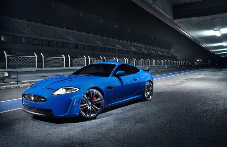 Jaguar XKR–S GT