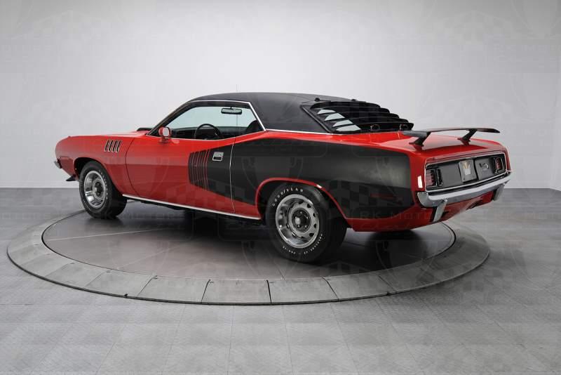 1971 Plymouth Hemi Cuda With 2k Miles Costs 12 Million