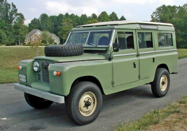 Best 4x4 SUV Classics - 1961-1971 Land Rover Series IIA