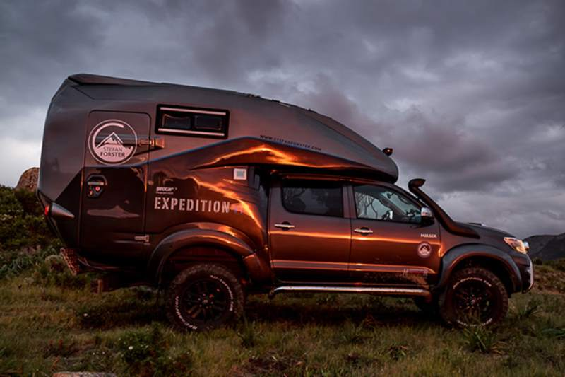 Toyota Hilux Expedition V1 Camper Side View