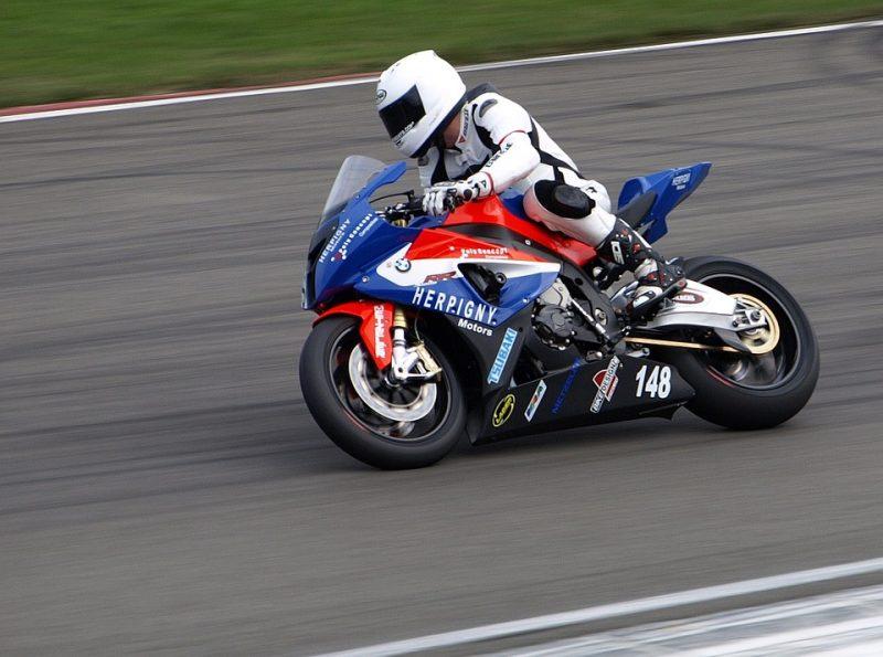Motorcycle Racing Suit - Race Suit Guide 3