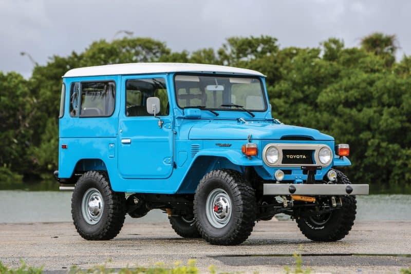 Best 4x4 SUV Classics - 1960-1984 Toyota Land Cruiser FJ-40