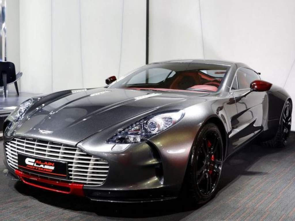 aston martin one 77 for sale could reach 4 million easy. Black Bedroom Furniture Sets. Home Design Ideas