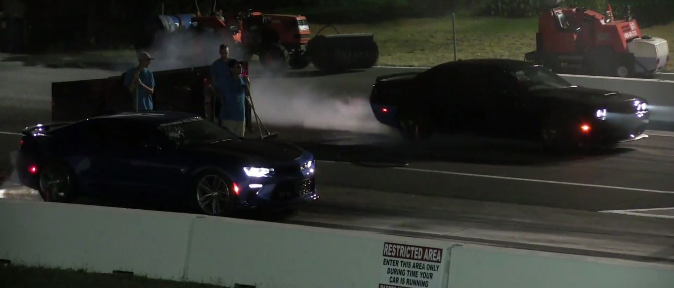 Hellcat vs Camaro drag race