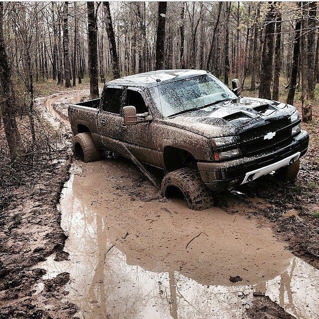 Redneck Pickup Truck - Chevy Silverado 2500/3500 (2001-present)