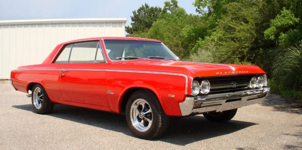 1964 Oldsmobile Cutlass 4-4-2