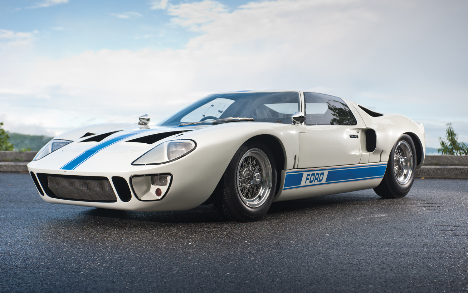 Our list of sexy cars includes the 1967 Ford GT40